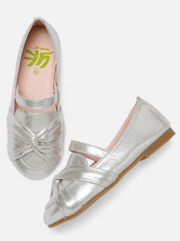 d9a2f33493eef Silver Ballerina Shoes Flats - Buy Silver Ballerina Shoes Flats online in  India