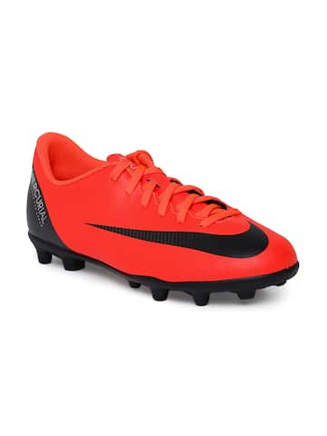 5c4b3a52d03 Nike Football Shoes - Buy Nike Football Shoes Online At Myntra