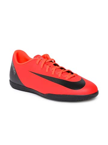 timeless design 33829 89d18 Nike Football Shoes - Buy Nike Football Shoes Online At Myntra