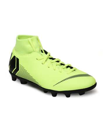 af45dbb1c6566 Nike Football Shoes - Buy Nike Football Shoes Online At Myntra