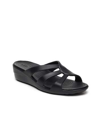 e34f62c9b398 Crocs Shoes Online - Buy Crocs Flip Flops   Sandals Online in India - Myntra