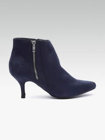 63968b772f Womens Boots - Buy Boots for Women Online in India | Myntra