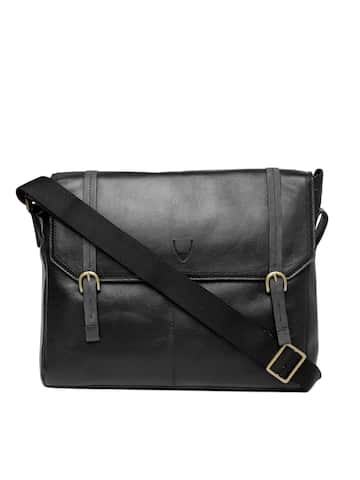 Messenger Bags - Buy Messenger Bags Online in India
