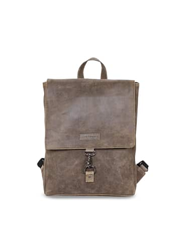 c24a76ed6f Men Leather Backpacks - Buy Men Leather Backpacks online in India