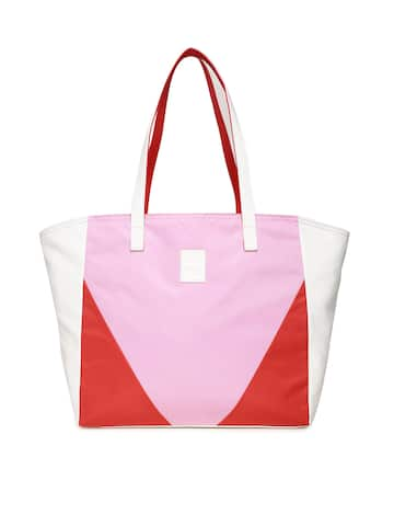 Puma Bag - Buy Puma Bags Online in India  a23a78ce52204