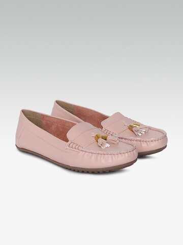 b5e47efdf5bf Carlton London - Buy Carlton London Shoes   Footwear at Myntra