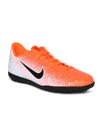 d196ff94773c Nike Football Shoes - Buy Nike Football Shoes Online At Myntra