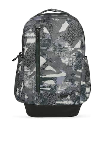 86ea01088af61 Nike Bags - Buy Nike Bag for Men, Women & Kids Online | Myntra