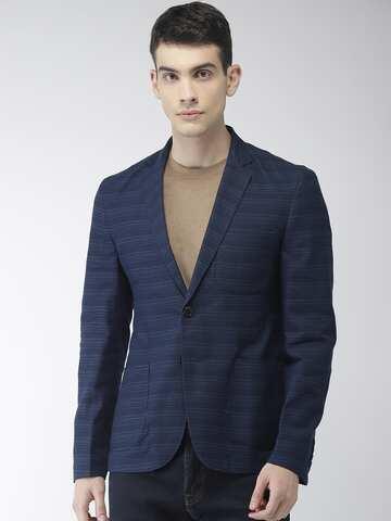 18f38f2d4aefcd Blazers for Men - Buy Men Blazer Online in India at Best Price   Myntra