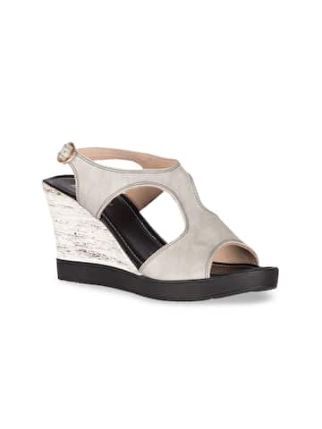 e17618cf371 Heels Online - Buy High Heels, Pencil Heels Sandals Online | Myntra