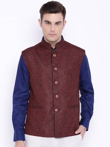 de6994d9737 Myntra sale   Flat 70% OFF on Raymonds Top Selling Blazers For Men at  Lowest Price at SasteSaude