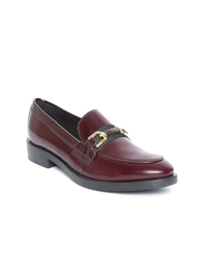 633beb483dbb1 Loafers for Women - Buy Ladies Loafers Online in India | Myntra