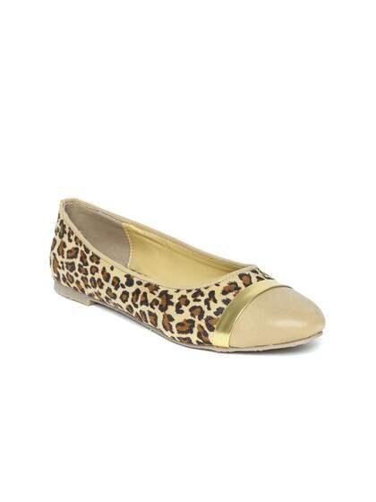 5902a55c46ee2b Bata Ballerina Shoes - Buy Bata Ballerina Shoes online in India
