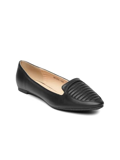 4ae8b364f92728 Van Heusen Black Shoes - Buy Van Heusen Black Shoes online in India