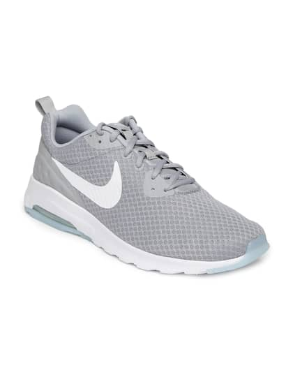 01c18ec1a7 Nike. Men Air Max Motion Lw Sneakers