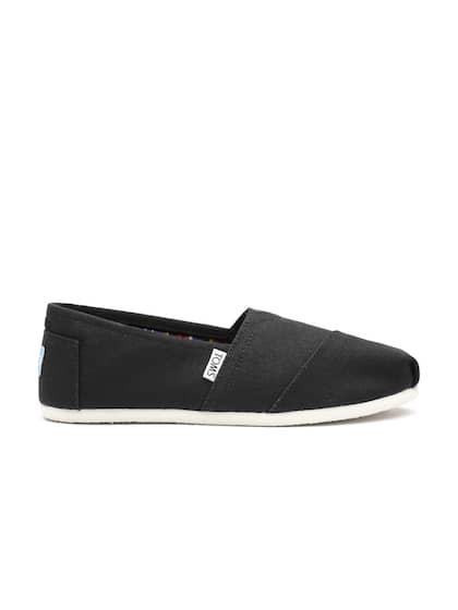 c0546dc5ad5 TOMS Women Black Canvas Slip-Ons