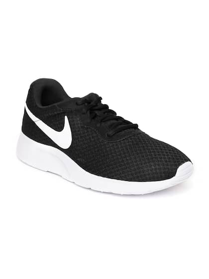 c0315247aca6b Nike Casual Shoes
