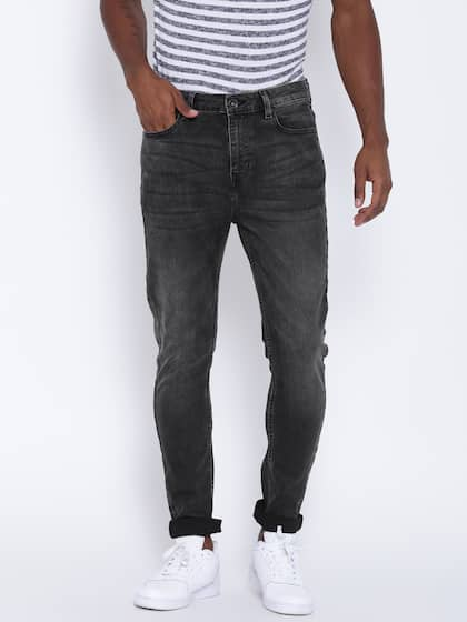 988045e305062 United Colors of Benetton. Men Carrot Fit Jeans