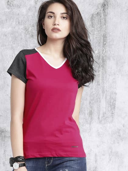 f01990de V Neck T-shirt - Buy V Neck T-shirts Online in India | Myntra