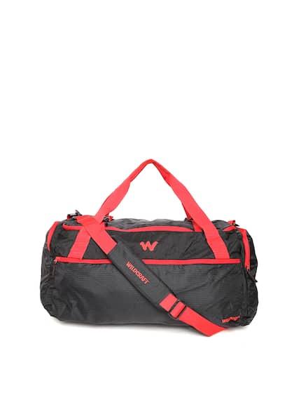 Wildcraft Unisex Black Commuter 2 Duffel Bag with Shoulder Strap 14734fdab1f6d