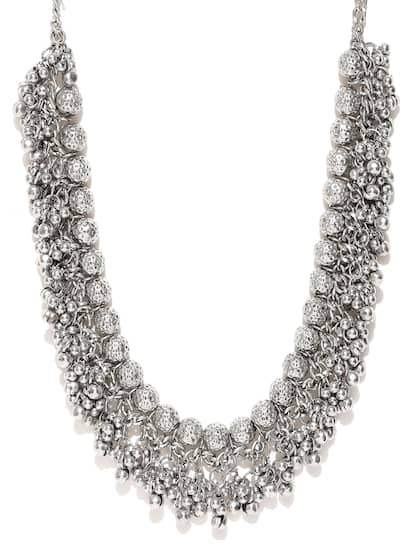 bff5b7379849d Necklace - Buy Necklace for men, women & girls Online | Myntra