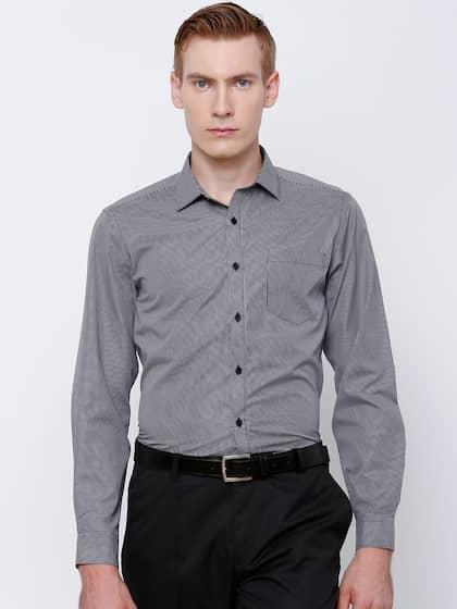 Mark Taylor Men Black & White Slim Fit Checked Formal Shirt
