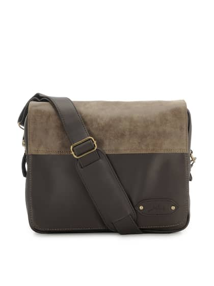 Yelloe Men Grey Brown Colourblocked Messenger Bag