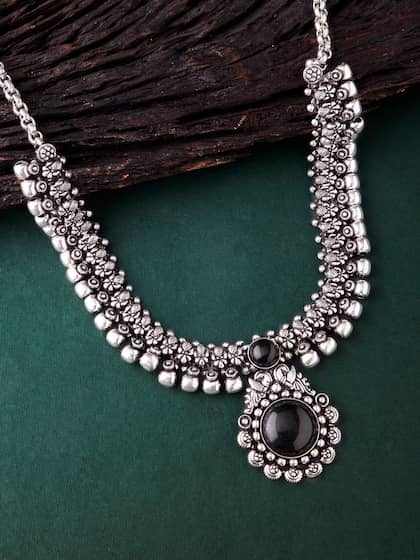 642f2d7ac Necklace - Buy Necklace for men, women & girls Online | Myntra