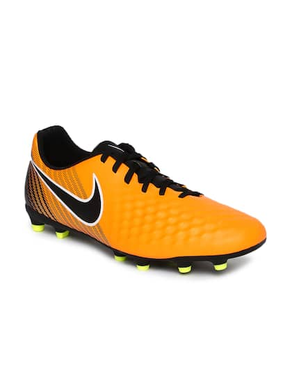667727918fce Nike Magista - Buy Nike Magista Cleats Online in India