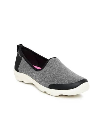 25dfb46b68e Crocs Shoes Online - Buy Crocs Flip Flops   Sandals Online in India ...