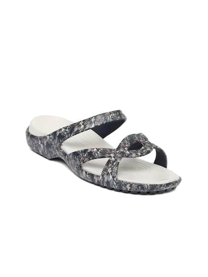 f7c53f5c2 Crocs Shoes Online - Buy Crocs Flip Flops   Sandals Online in India ...