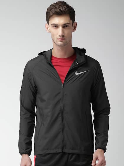 88c118365838 Nike Jackets - Buy Nike Jacket for Men   Women Online