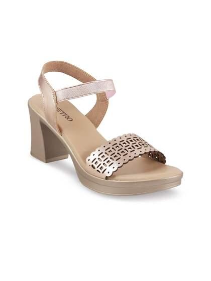 2fb534ccc91 Metro Heels - Buy Metro Heels online in India