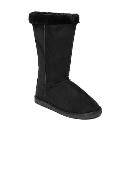 Carlton London. Women Flat Boots