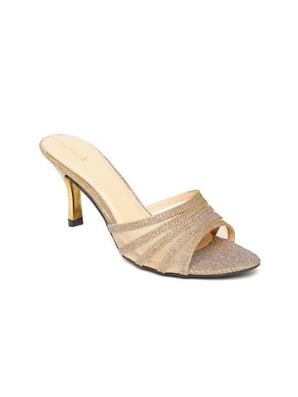 Catwalk Women Gold-Toned Shimmer Sandals 09a2e27cc399