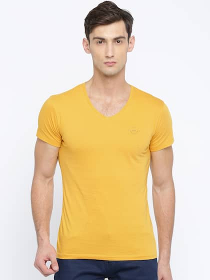 Wrangler Men Mustard Yellow Solid T-shirt