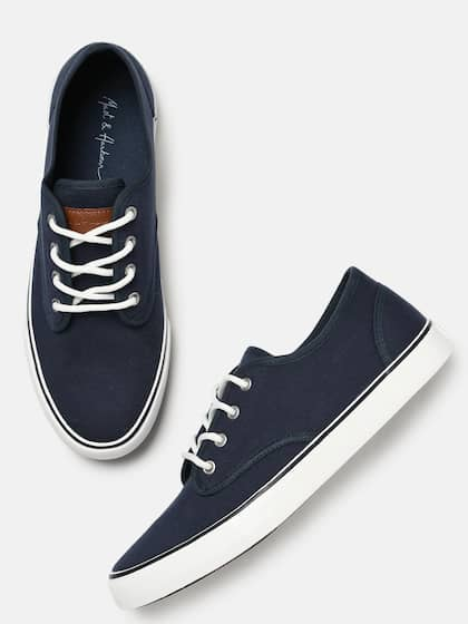 25730a6f1 Mast   Harbour Men Navy Blue Sneakers