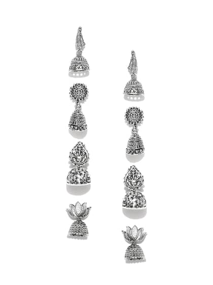0d0acddd4 Pearl Earrings - Buy Pearl Earrings for Women & Girls Online