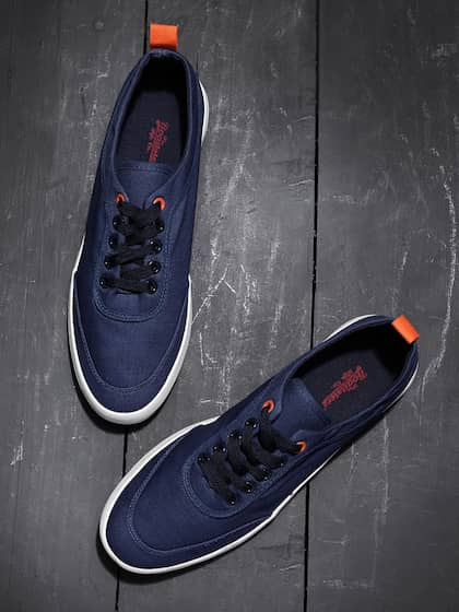 cc8c977ed315 Buy Roadster Brand Casual Shoes Online from Myntra