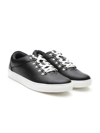 Carlton London Men Black Sneakers