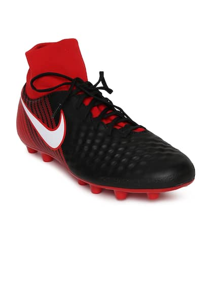 587040b5a0 Nike Black Shoes - Buy Nike Black Shoes Online in India