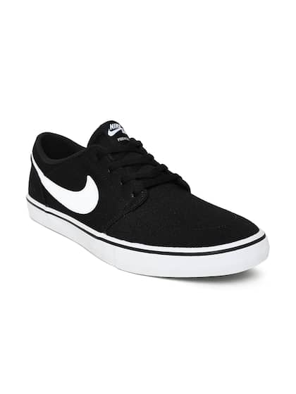 timeless design d639c 93a05 Nike Shoes - Buy Nike Shoes for Men, Women   Kids Online   Myntra