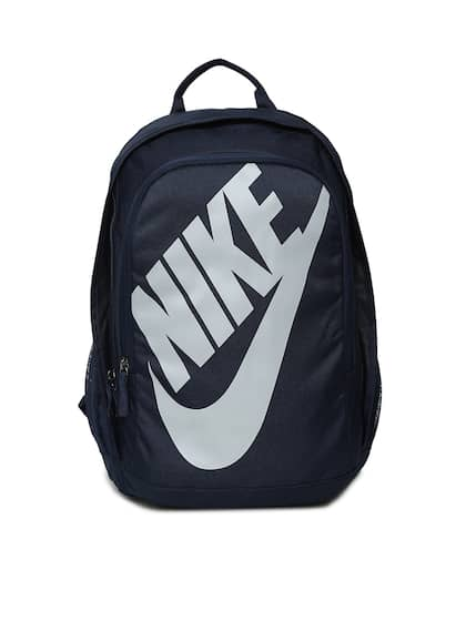 f0af51cd4c06 Nike Men Blue Backpacks - Buy Nike Men Blue Backpacks online in India
