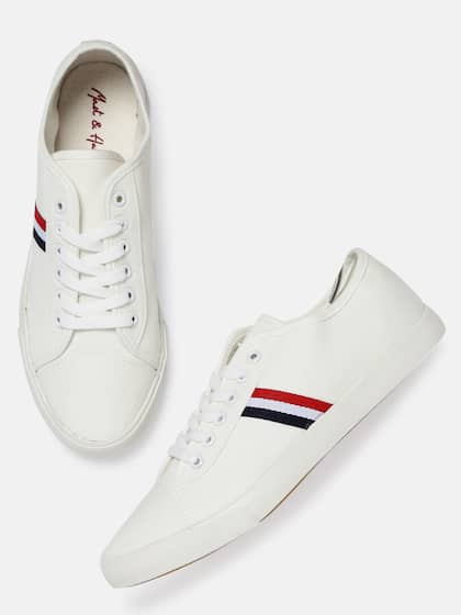 b33897cc4e Canvas Shoes   Buy Canvas Shoes Online in India at Best Price