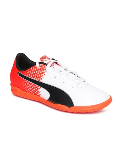new style 6baa2 03919 Puma Unisex White Football Shoes