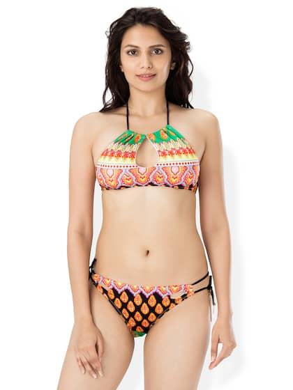 Swimsuit very small Bikini