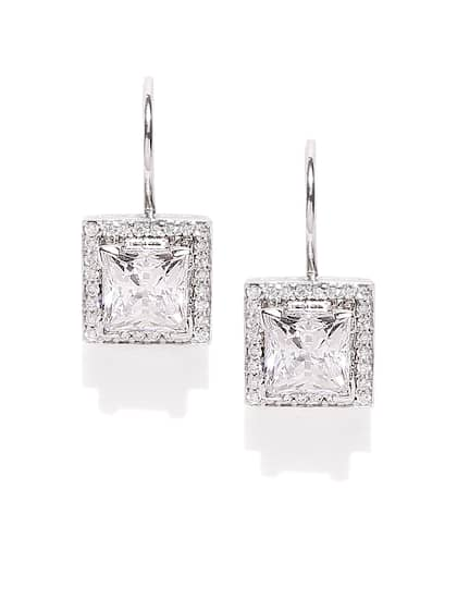 Zaveri Pearls Womens Cubic Zirconia Shinning Floral Stud Earring White