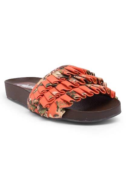 9c736cc9c223 Chalk Studio Footwear - Buy Chalk Studio Footwear online in India