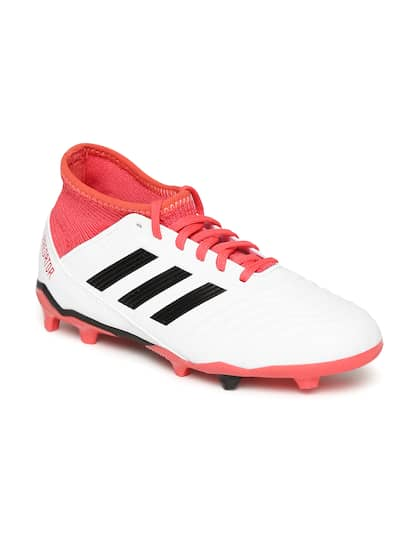 f5979d17b7ce8 Football Shoes - Buy Football Studs Online for Men   Women in India