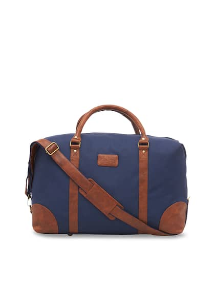 cbdbf9c2d293 Leather World. Unisex Leather Duffle Bag